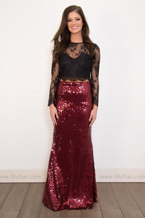 Watch Me Sparkle Sequin Holiday Skirt In Burgundy