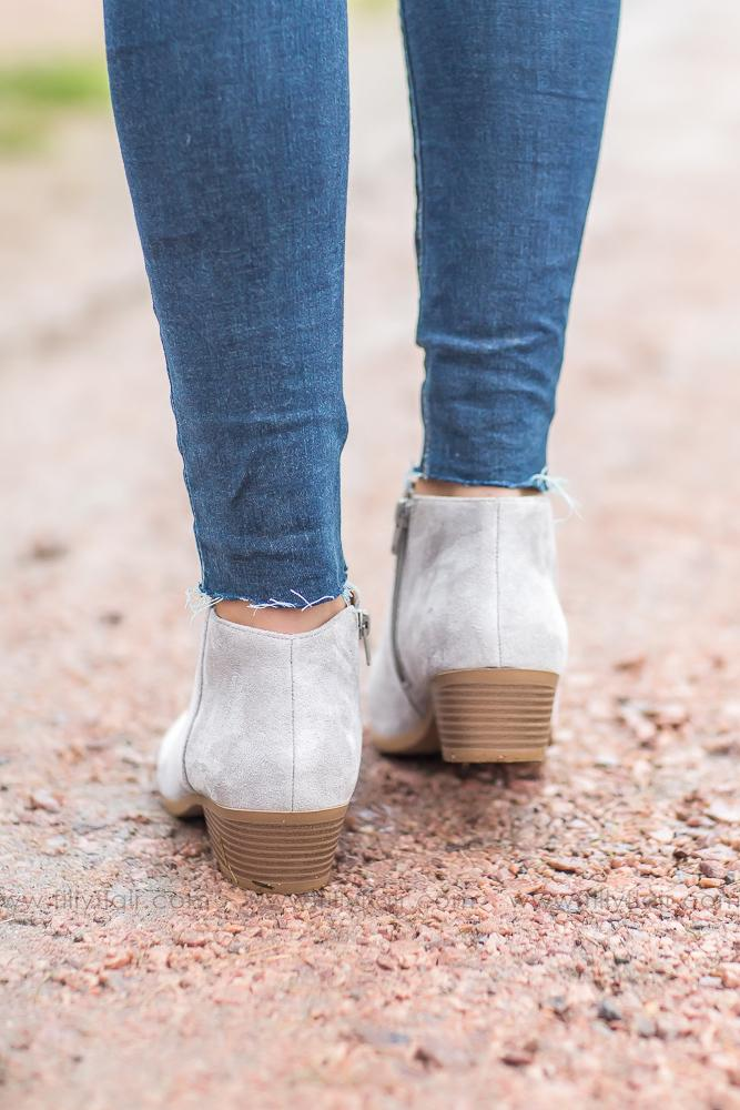 Meet You There Mug Booties in Grey - Filly Flair