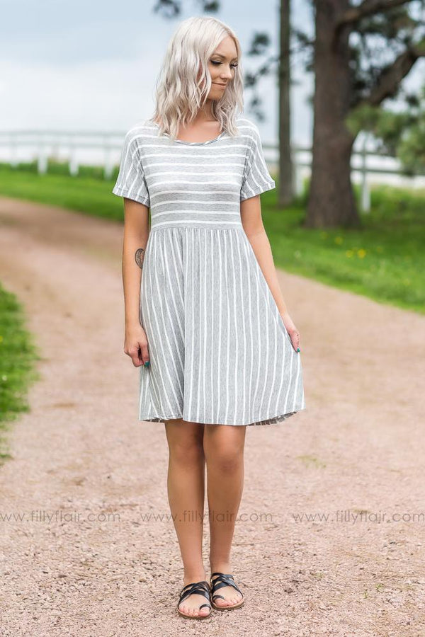 Find Comfort Short Sleeve Striped Dress In Heather Grey
