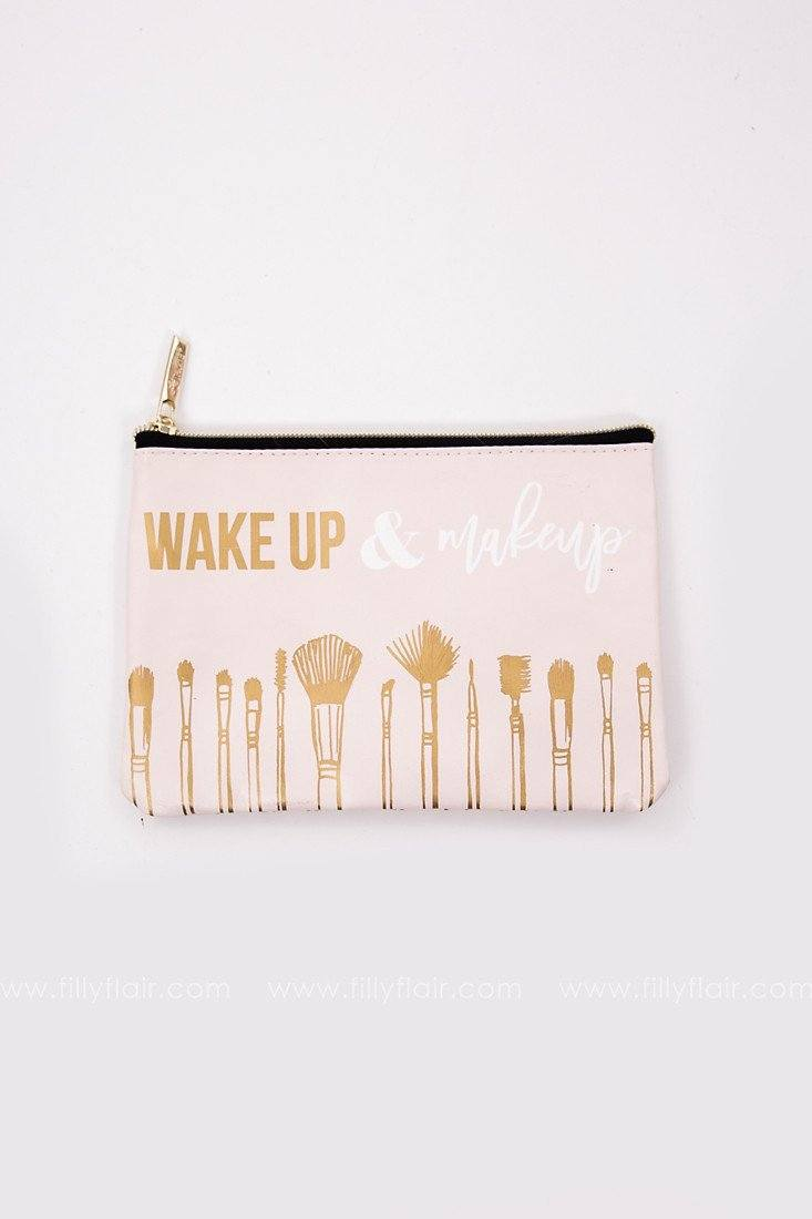 XOXO Wake Up & Makeup Bag
