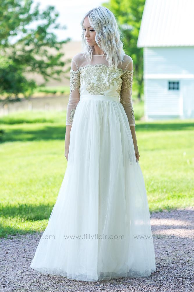 a1723c539b It s a Love Story Embroidered Detail Tulle Maxi Dress