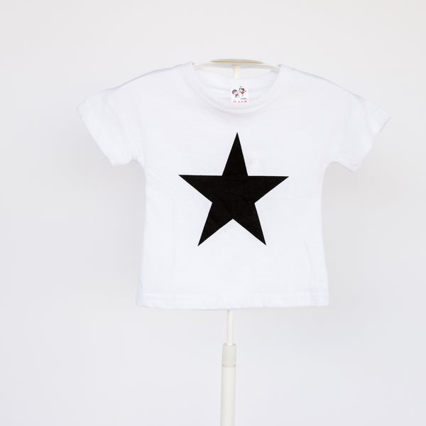These super soft, super star t-shirts are the perfect unisex tee! Paired with a tu-tu or jeans these are so cute.  Sure to become your child's favorite tee!