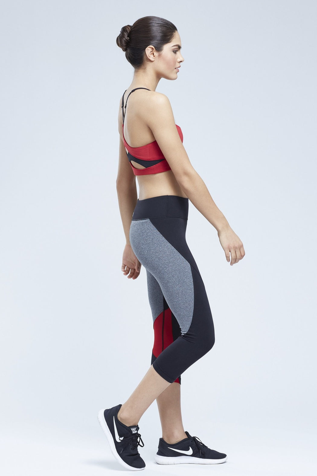 Magar Capri Legging with Contrast Panels