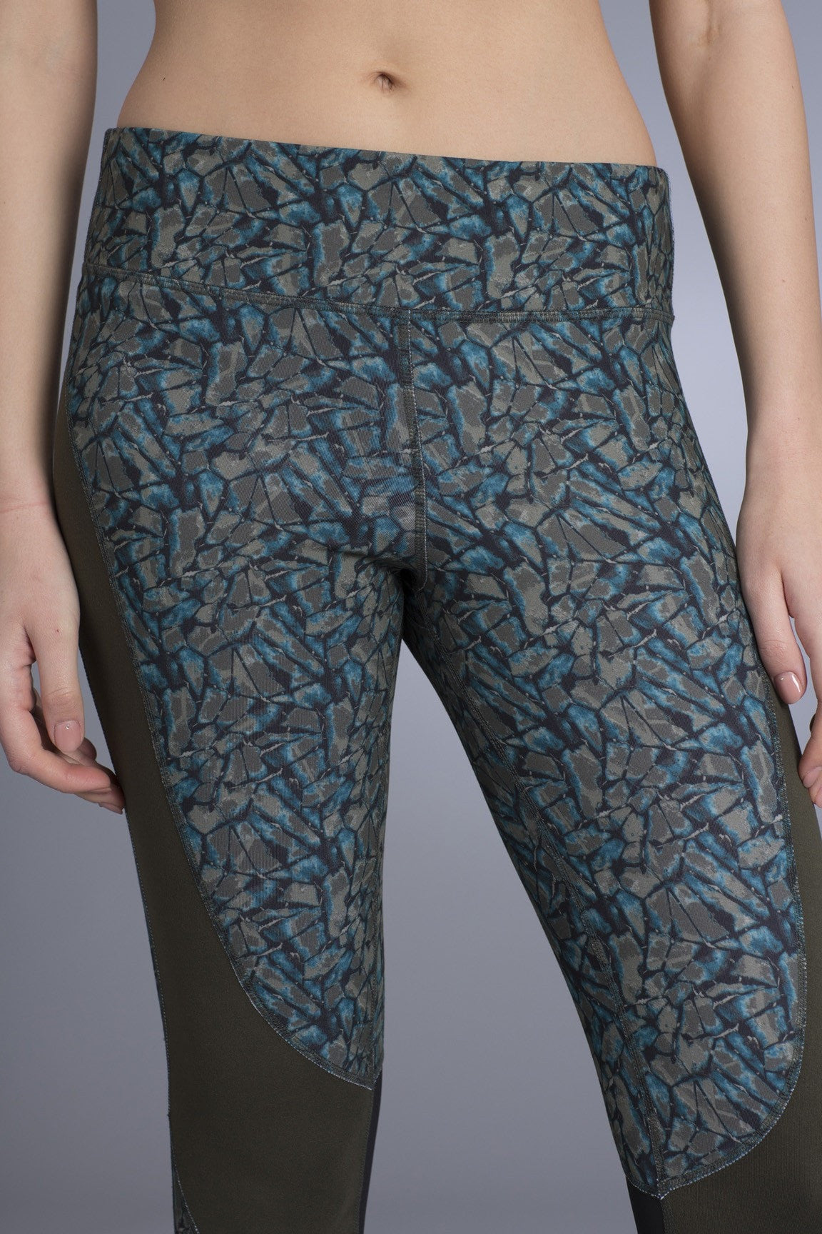 Eddin Legging With Contrast Panels