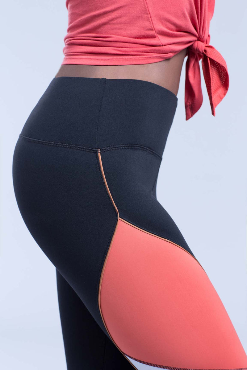 Layla Shape Optimizing Legging