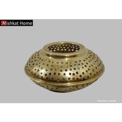 Brass tealight holder