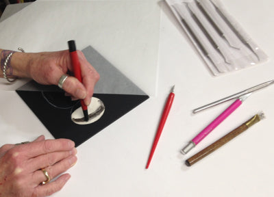 Beginning Scratchboard with Debbie Hughbanks