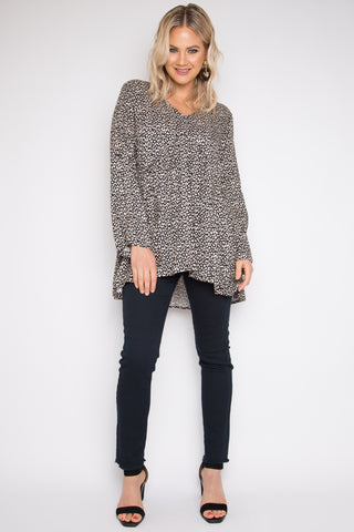 Long Sleeve Peak Top in Elderflower