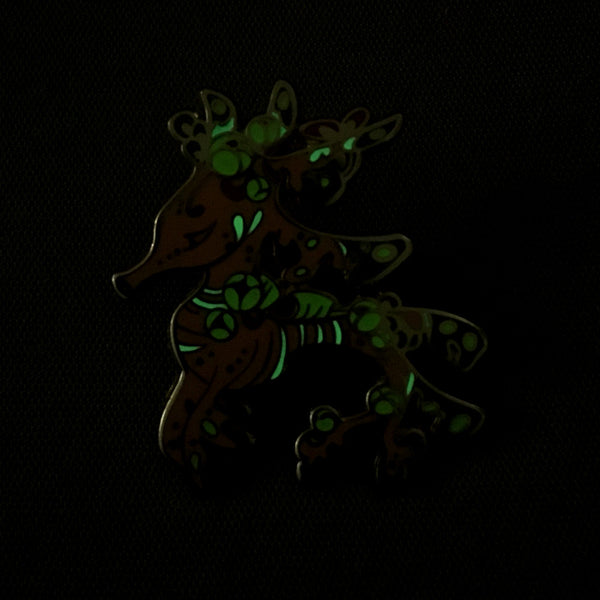 Ocean Spirit Premium: Seadragon Pin (Glow in the dark)