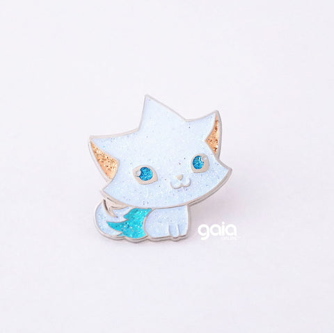 Glitter Kitten Star Pin (White)