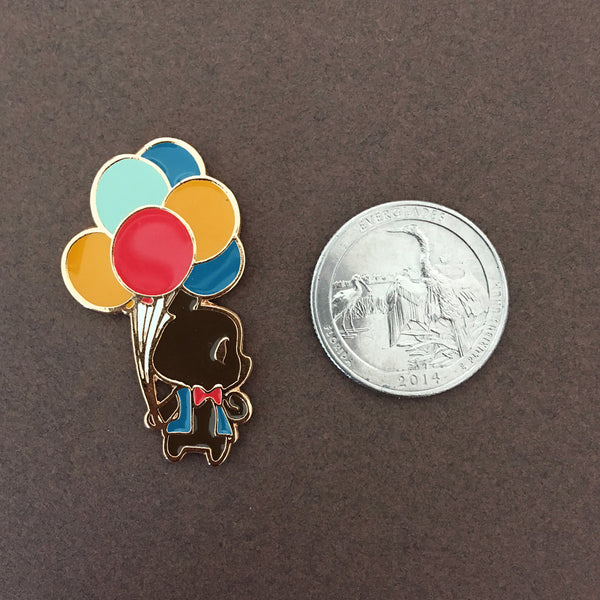 Circus: Balloon Seller Bear Enamel Pin