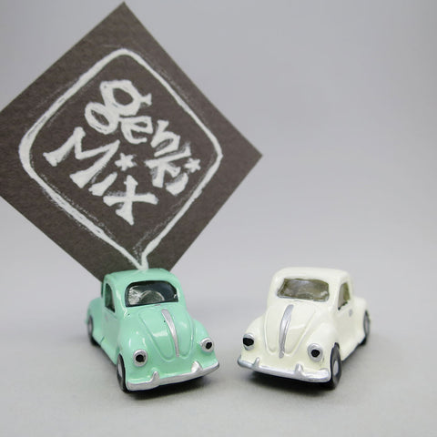 Magnets & Card holder B - Car