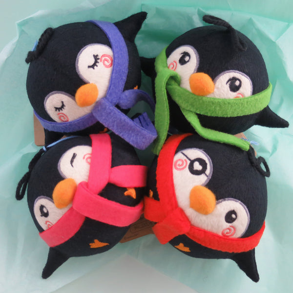 Pygmy Penguins Plush - nomnom