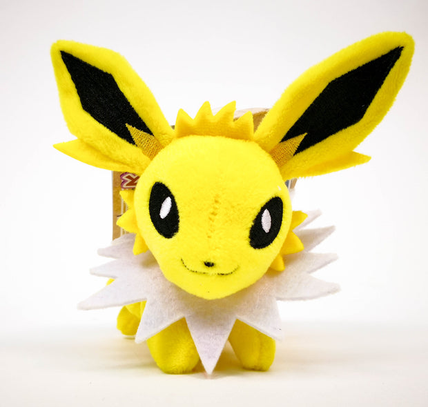 JOLTEON ON SHOULDER
