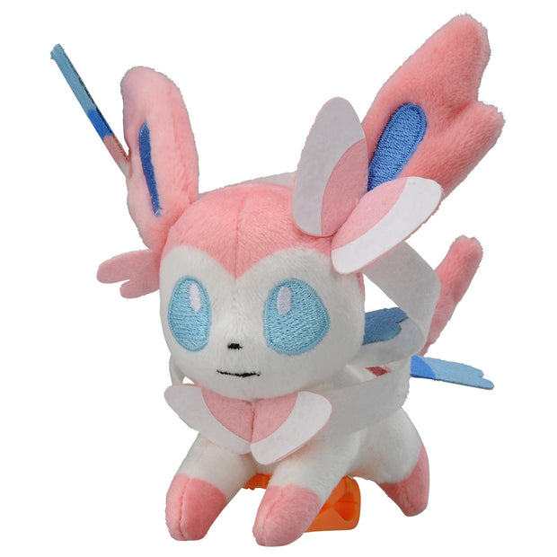 SYLVEON ON SHOULDER