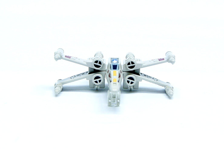 TOMICA STAR WARS TSW-02 X-WING FIGHTER