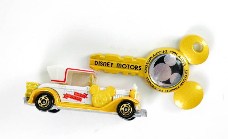 TOMICA DISNEY MOTORS MICKEY 90TH ANNIVERSARY MICKEY CLASSIC WITH KEY