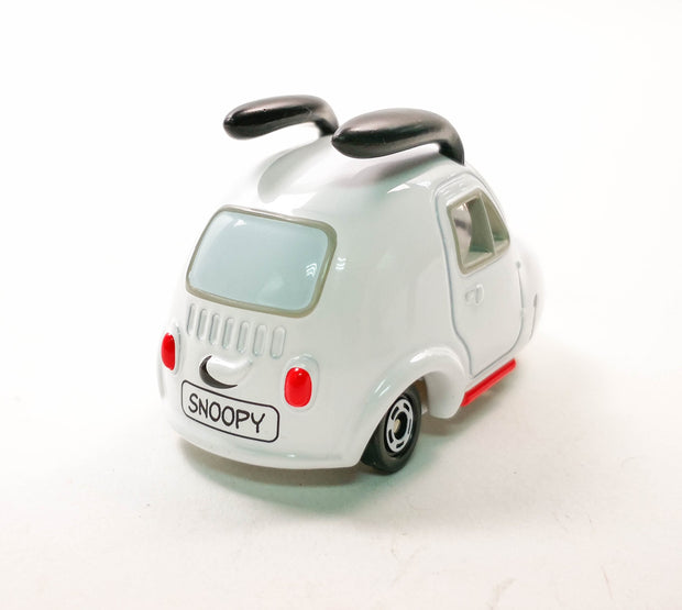 Dream Tomica Snoopy New No.153
