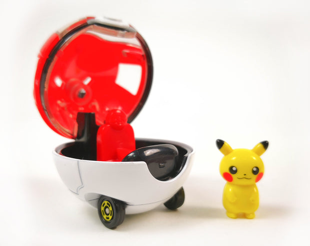 Tomica Dream Ride-On Pikachu