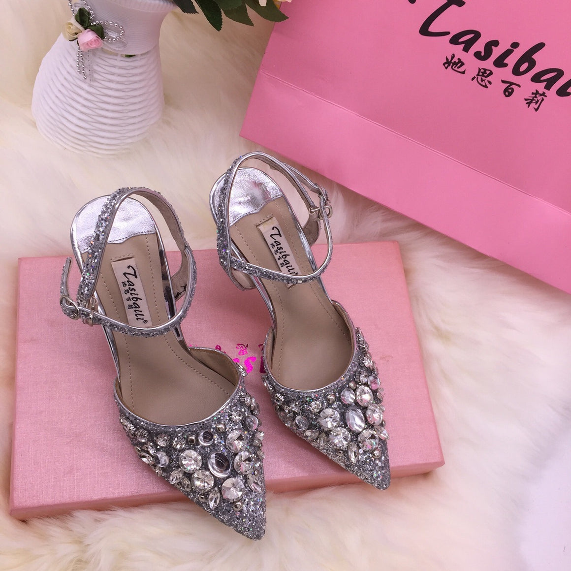 18 Summer crystal sequins pointed high-heeled laces buttoned back empty sandals fine-heeled crystal shoes silver wedding p0017Buy mate