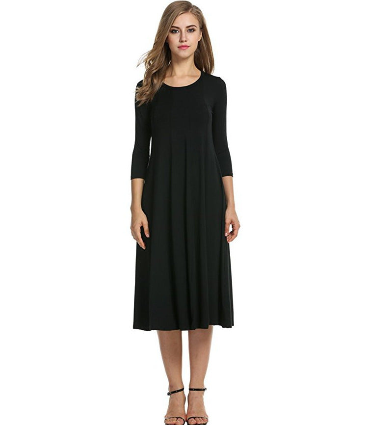 Dress with round neck, medium sleeve and large swing in solid colorP4134