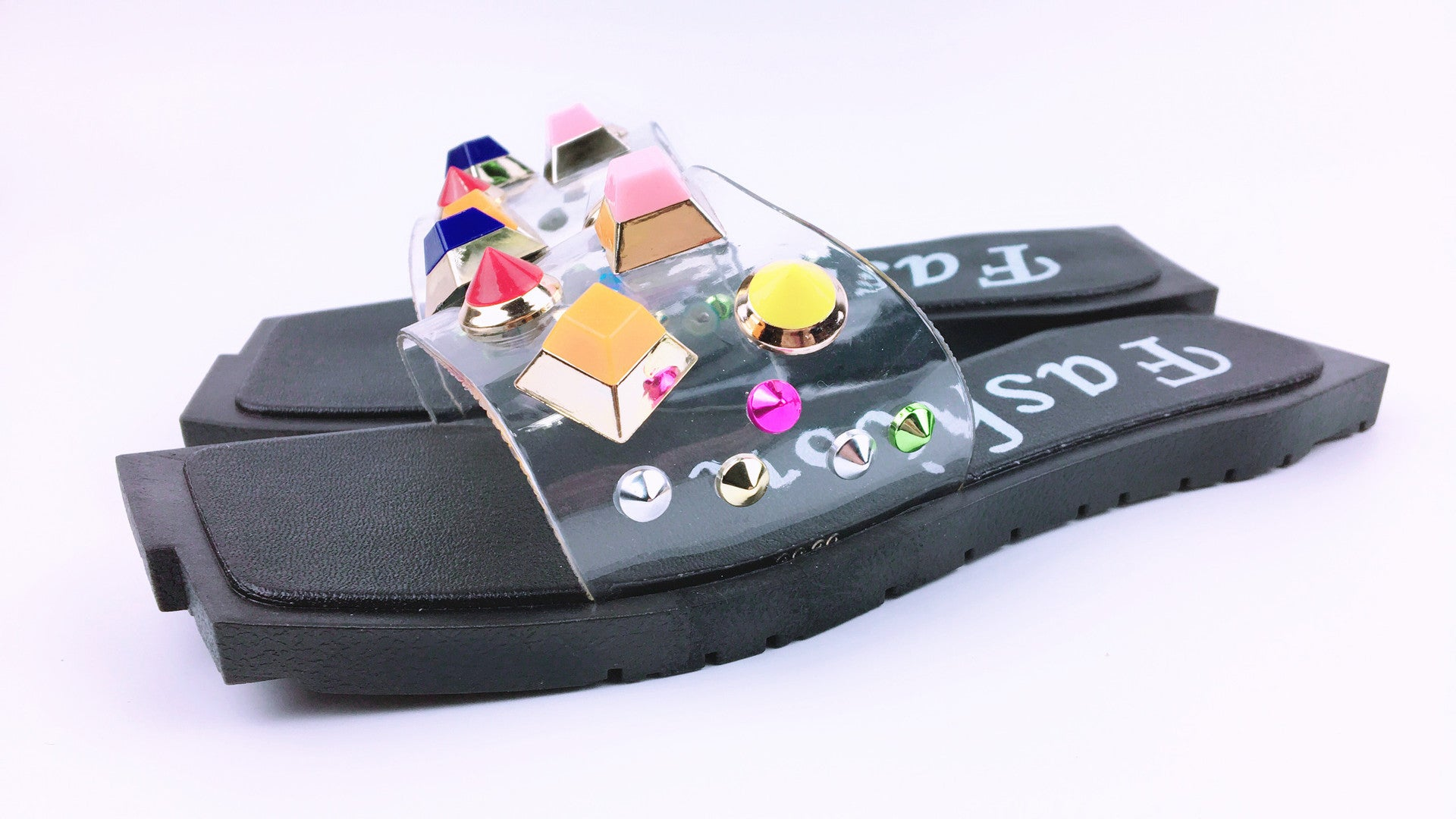 2a2452871e9e Women with sandals and slippers have a straight slope heel and a thick  platform shoe p4118