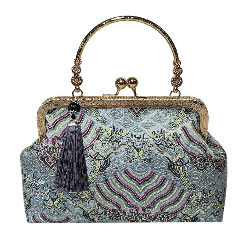 Elegant Top-Handle Embroidery Clip Clutch Wristlets Exquisite
