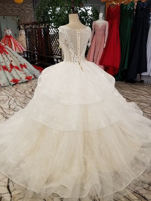 New High-end Wedding Dress The Bride Luxury Cap Sleeved Lace Appliques Sweep Train Wedding Gown p3472