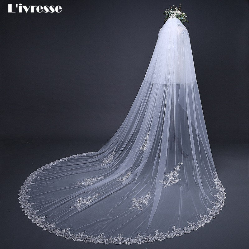Ivory Cathedral Wedding Veil With Comb Lace Edge Appliques Long Bridal Veils P3202Buy mate