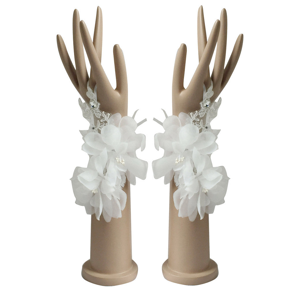 Elegant White Ivory In Stock Bridal Gloves Fingerless For Bride Cheap Wedding Accessories p3443Buy mate