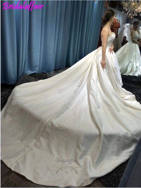 Custom Color Size Sleeveless Vest Dress  Backless Sexy Lunga Coda Bridal Gown Long Tail Wedding Gown p3616Buy mate