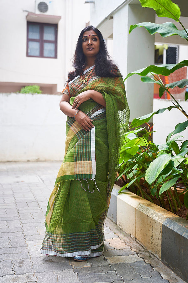 Green Handloom Silk Blend Saree - Indianloom