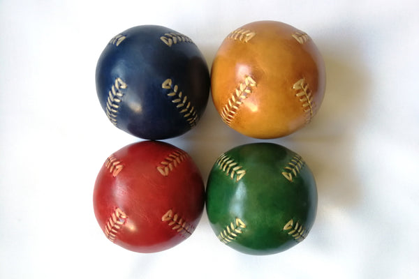 Set of 4 leather juggling balls, Juggling Set, Juggling Balls, Games, Toys,  Learn to Juggle