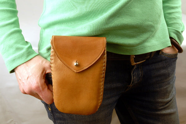 Small Leather Belt Bag, , Belly bag. Gift for walker. 15x10x5cm.