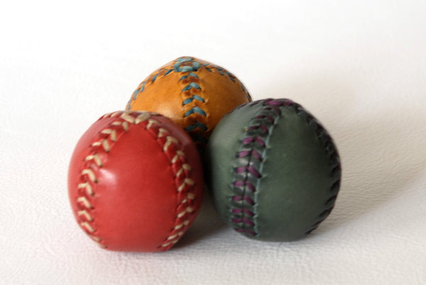 Set of 3 leather juggling balls 45mm. Red, blue and yellow. Juggling balls. Leather balls. Handmade.