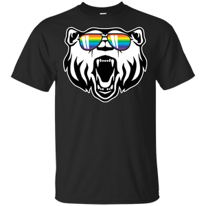 Mens Gay Bear Wearing Bear Pride LGBTQ Flag Sunglasses  T-Shirt