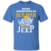 NewmeUp Men s Never Underestimate An Old Man With A Jeep Tshirts