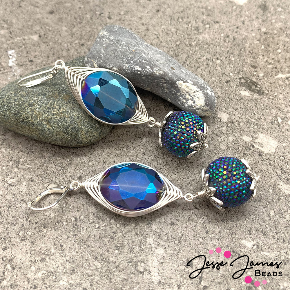How-To Jewelry Video: Wire-Wrapped Galaxy Blue Pantone Earrings