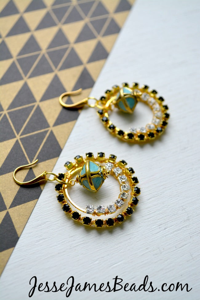 Cup chain earring tutorial by Candie Cooper for Jesse James Beads