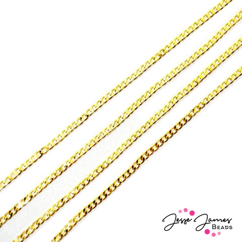 Chain Bitty Curb in Gold