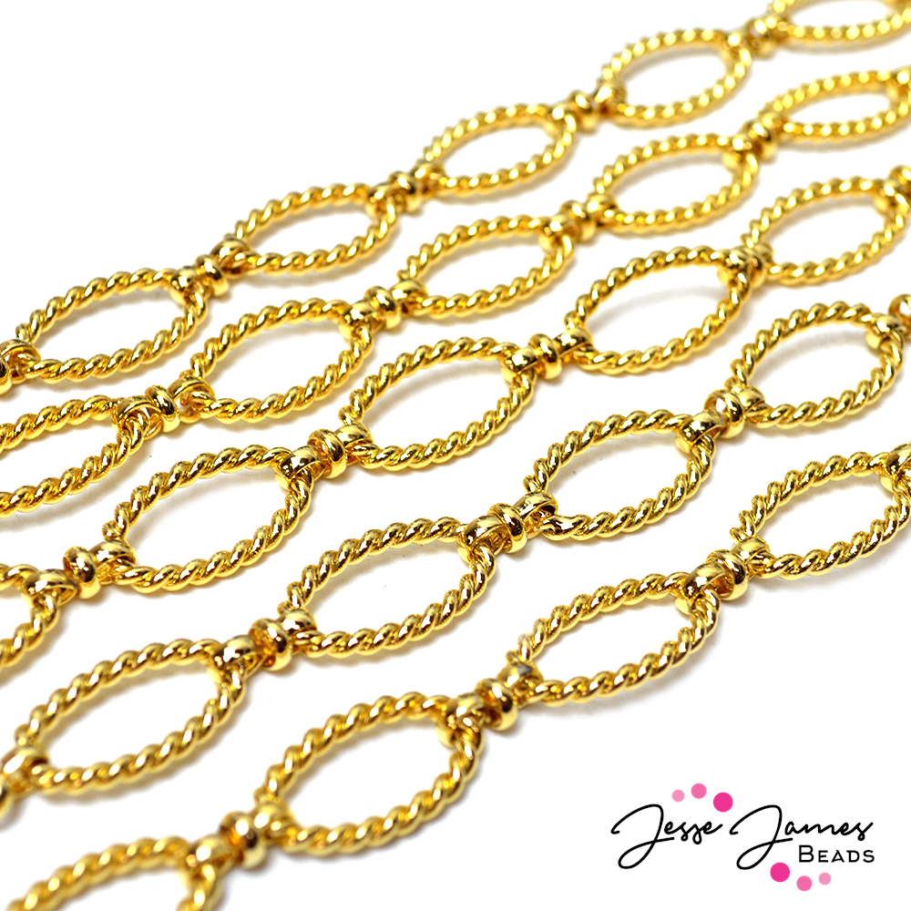 Gold Twisted Figure 8 Link Chain