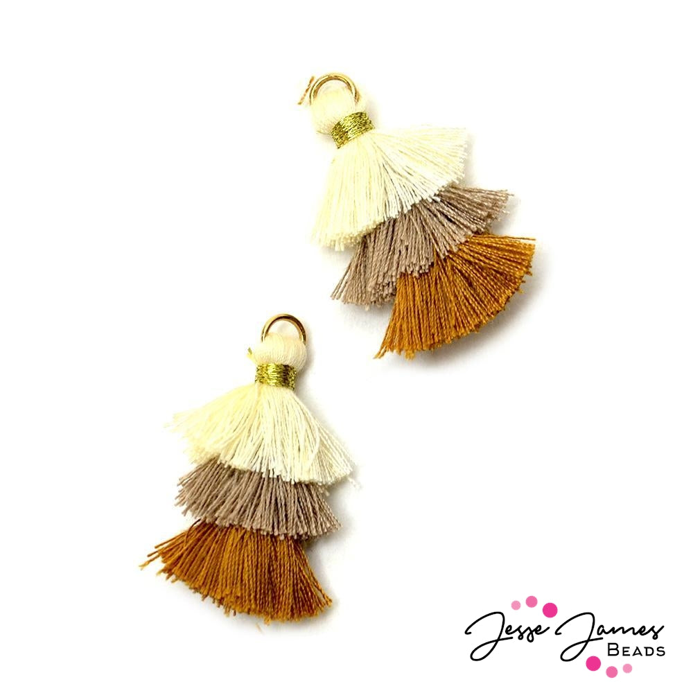 Shag Tassels in Hazelnut Cream