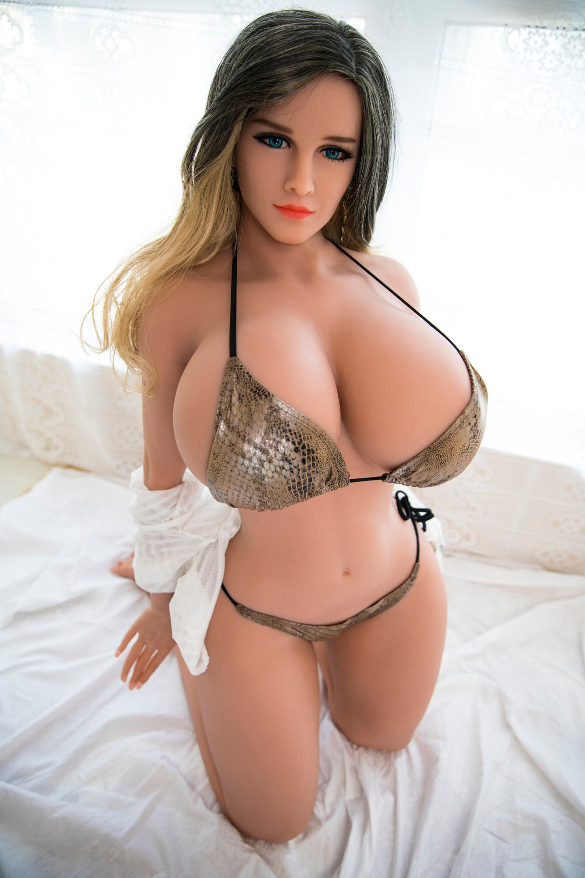 ISABELLA: 5ft 7in (170cm) Big Booty Lifelike Sex Doll