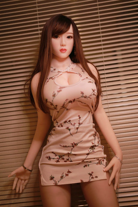 PAMELA: 5ft 7in (170cm) Real Love Doll