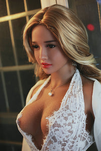 SCARLETT: Big Booty MILF Sex Doll
