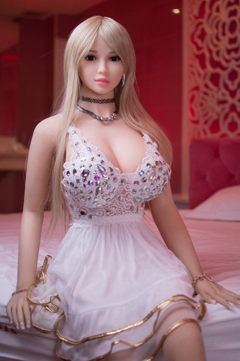 REBECCA: Korean Love Doll