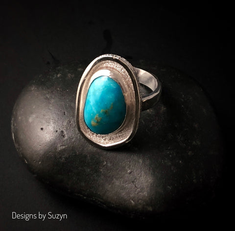 Shiny textured Kingman Turquoise Ring Size 7.5