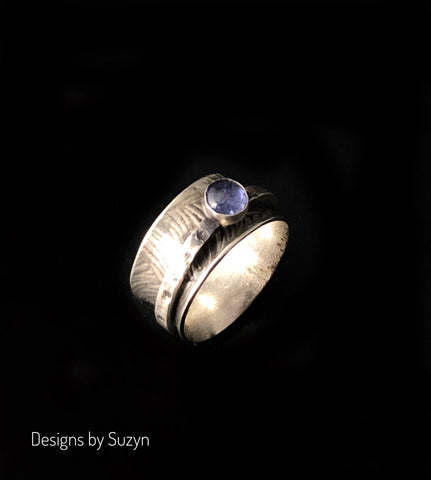 Sterling Silver Oxidized Spinner Ring with Tanzanite - Size 6