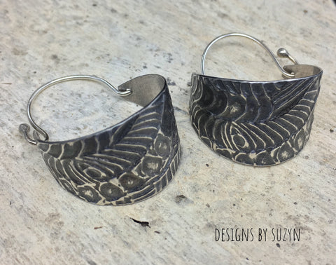 Hoop Earrings Lightweight, oxidized Large Textured sterling silver Basket hoop earrings, hypoallergenic earwirss