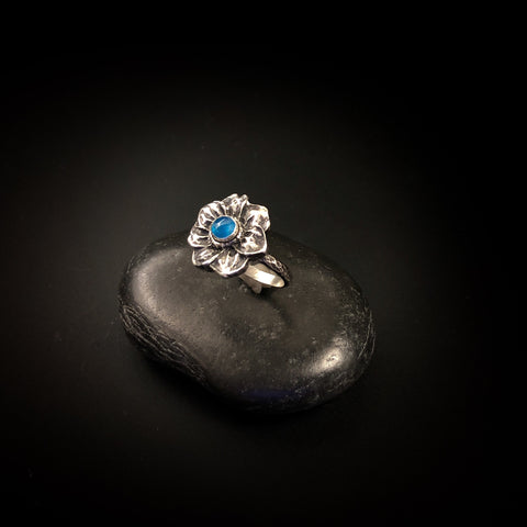 SALE on size 8-1/4.  Neon blue Apatite flower ring, December birthstone, blue stone, dainty sterling ring, argentium band